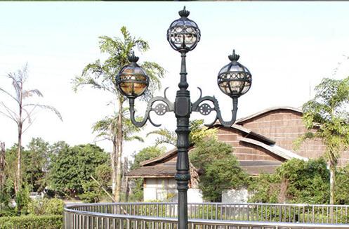 Mách bạn cách lựa chọn đèn sân vườn hợp với mục đích sử dụng
