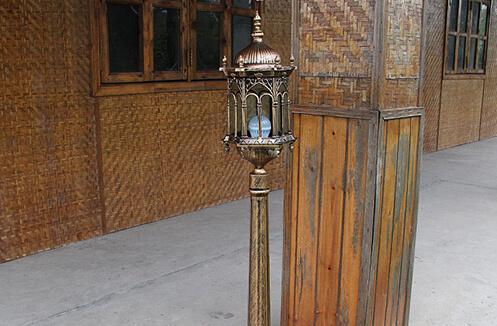 Đèn trụ cổng nhôm bề ngoài độc đáo ROL 424