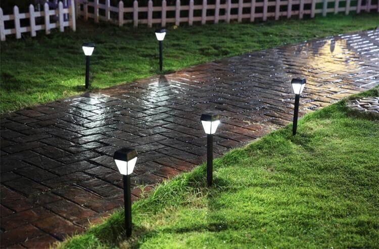 Đèn cổng năng lượng mặt trời giá rẻ nhất tại Hà Nội