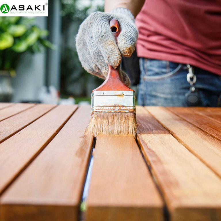 Cách bảo quản đồ gỗ ngoại thất luôn bền đẹp mà tốn ít chi phí